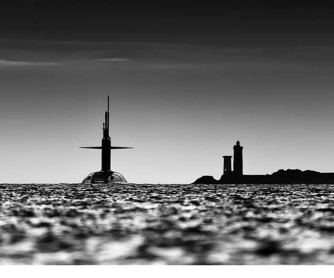 Photographie de sous-marin en rade de Brest