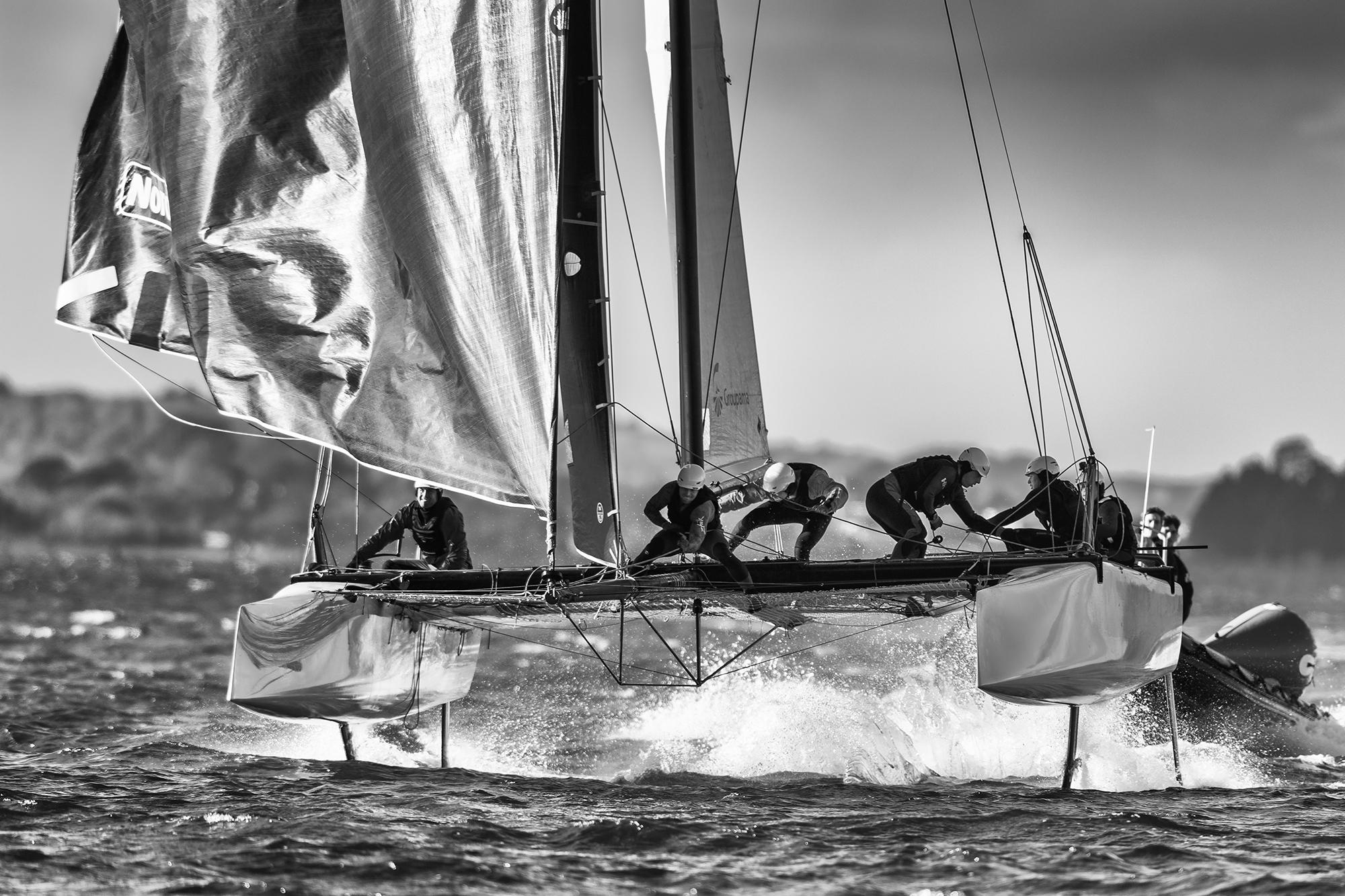 photographie-bateau-noir-blanc-1
